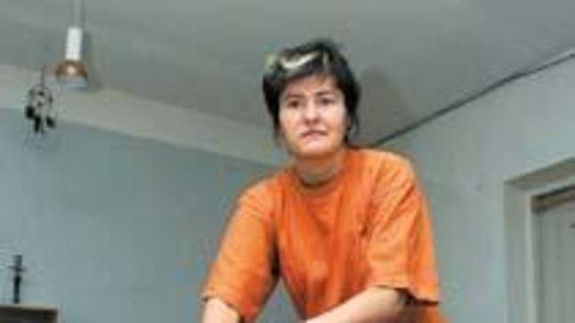 TEEB KÄTEGA IMET: Neli aastat massöörina töötanud Jaanika Gross suudab ülitundlike käte abil kindlaks teha, millist ametit patsient peab.