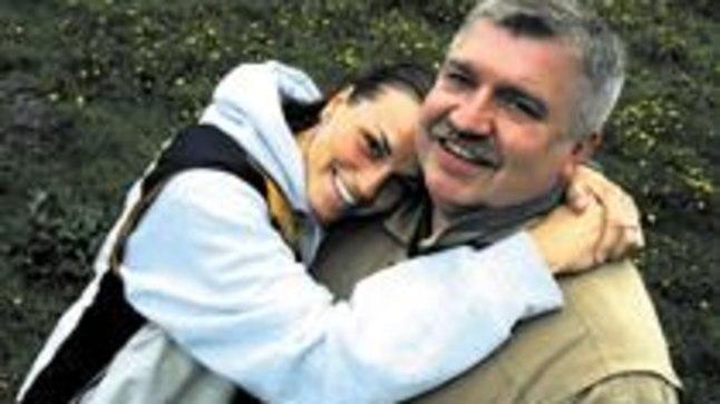 KORVPALLI KIINDUNUD: Andres ja tema Ameerika-tütar Marju.