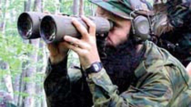 KARDETUD VÄLIKOMANDÖR: Šamil Bassajevi (39) nimega on seotud peaaegu kõik viimaste aastate suuremad terroriaktid Venemaal.