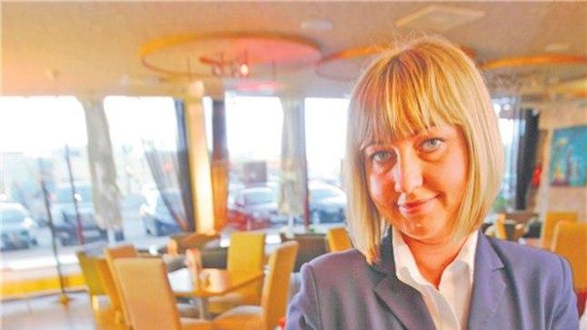 Fahle restorani õitega road: Praegused hitid on saialill ja rukkilill, ütleb  restorani juhataja Katrin Sooalu.