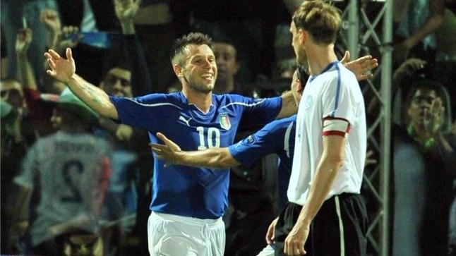 f275c951585 Antonio Cassano on saatnud teise palli Eesti võrku.