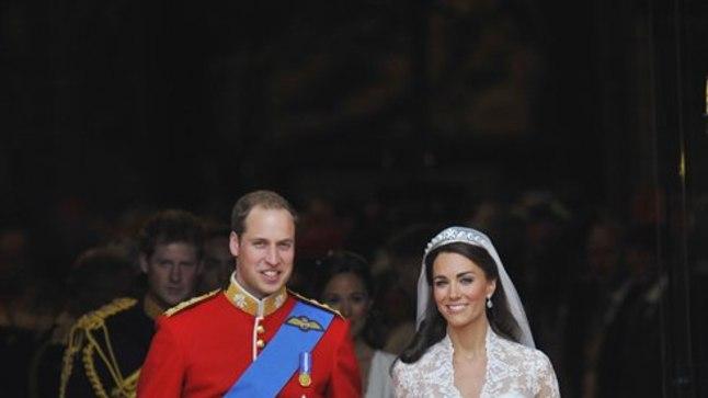 50 000 € - See on Kate'i garderoobi kalleim ese, Alexander McQueeni moemajast tellitud pulmakleit.