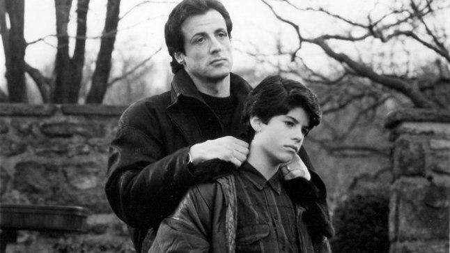 """Isa ja poeg 1990. aasta filmis """"Rocky V""""."""