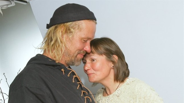 VIIMAKS TAGASI: Jaan ja Margit Tätte katamaraani Nordea ümberilmareisi lõpupäeval 17. juunil 2012.