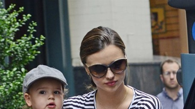 Miranda Kerr pojaga 19. juulil.