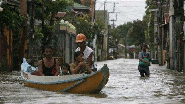 Manila 30. juulil pärast taifuun Saolat.