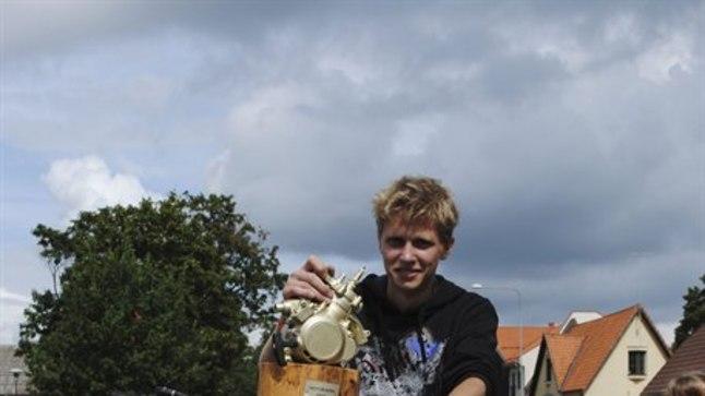 Viljandi noormees Janek Rang oli laupäeval «Motorammi» tagarattasõiduvõistluse parim. Enda sõnul tal see va tagarattasõit põhiajaviide ongi.