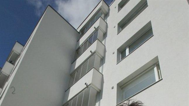 14aastane nooruk kukkus alla selle maja IV korruselt.