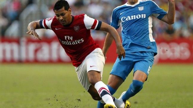Andre Santos (vasakul).