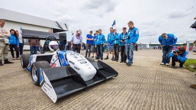 RAKETTLIPP: Suvel jõudis tudengite ehitatud vormel FEST12 Silverstone'i ringrajal 6. kohale.