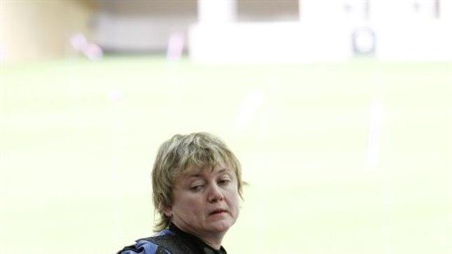 Anžela Voronova Londoni olümpia tulejoonel.