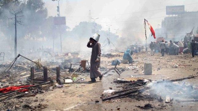Protestijate laager Egiptuses Kairos Rabaa al-Adawiya mošee juures pärast julgeolekujõudude rünnakut 14. augustil 2013.
