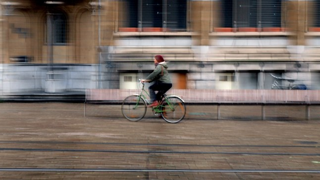 Jalgrattur kihutab alati ning on liikluses alati esikohal.