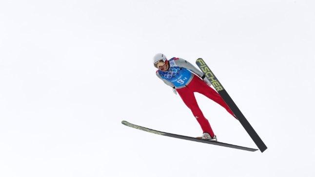 Sakslaste liider Eric Frenzel hüppas täna 129 meetrit.