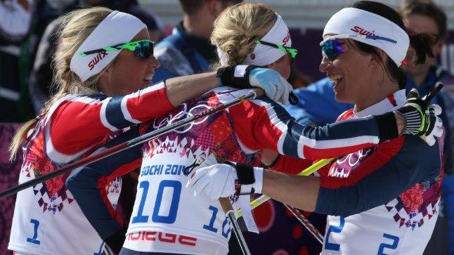 Norralaste kolmikvõit naiste 30 kilomeetri ühsitardiga sõidus