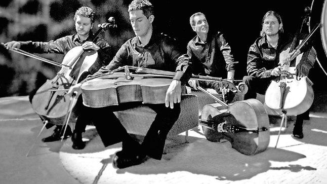 JUUBILARID: Tšellokvartett C-Jam ehk (vasakult) Levi-Danel Mägila, Andreas Lend, Pärt Tarvas ja Margus Uus.