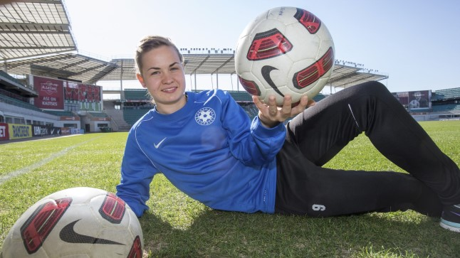 Eesti naiste jalgpallikoondise ründaja Signy Aarna mängib Soome kõrgliiganaiskonnas Kuopio Pallokissat.