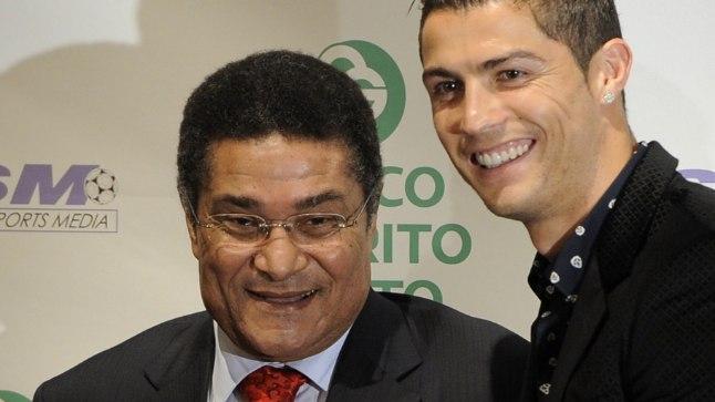 Kaks Portugali jalgpallilegendi, Eusebio ja Cristiano Ronaldo 2011. aastal.