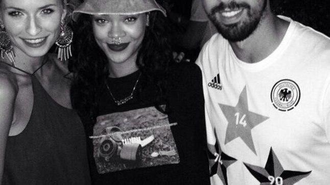 Rihanna Saksamaa koondisega pidutsemas
