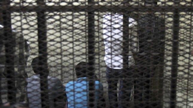 Egiptuse kohus määras 16. juulil 2014 seitsmele mehele eluaegse vanglakaristuse Kairo Tahriri väljakul keset protestiaktsioone toime pandud seksuaalkuritegude eest.