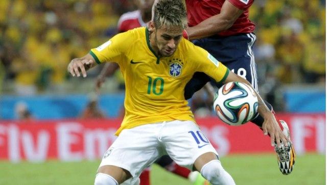 Hüpe: Zuniga lendas Neymarile selga ning brasiillase selgroo kolmandasse lülisse tekkis mõra