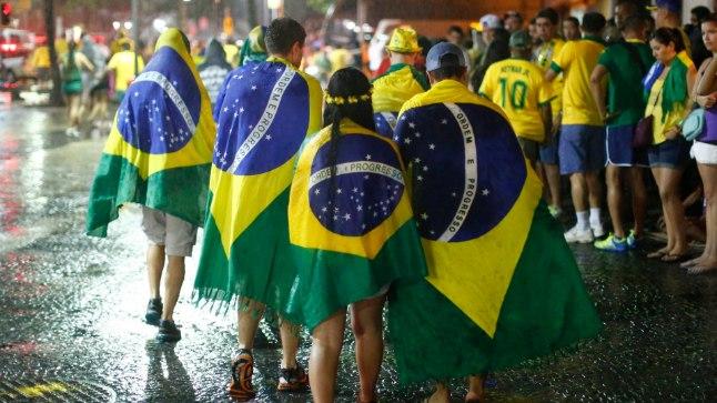 Brasiilia jalgpallifännide jaoks oli eilne õhtu kohutav. Nii hullusti on Brasiilia kolki saanud vaid korra - 1920 kaotati 0:6 Uruguaile.