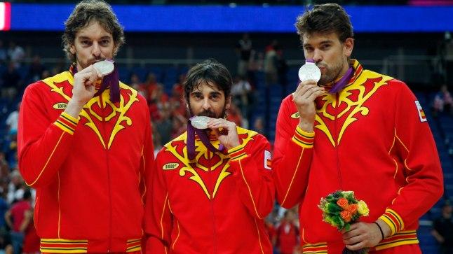 MEENUTUS: 2012. aasta Londoni olümpial pidi Hispaania eesotas Pau Gasoli (vasakult), Juan Carlos Navarro ja Marc Gasoliga leppima USA vastu hõbedaga, kodusel MMil on võimalus kaotus tagasi teha.