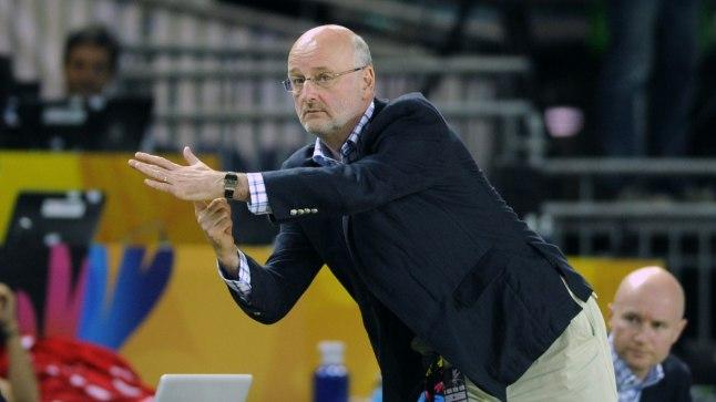 Soome koondise peatreener Henrik Dettmann võtab aja maha