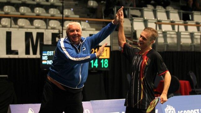 Raul Must ja treener Mart Siliksaar pärast eilset võidukat veerandfinaalmängu.
