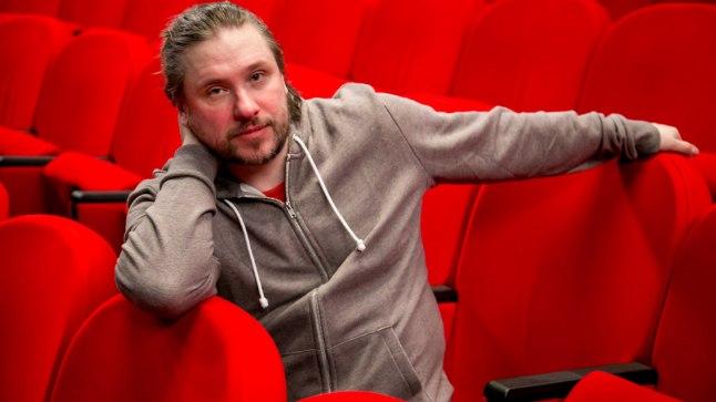 Endla teatri loominguline juht Ingomar Vihmar tahab oma lavastusega naised kogu oma olemuse stiihiaga au sisse tõsta.