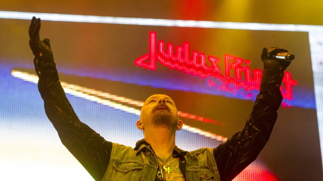 Saku suurhallis esines 7. detsembril 2015 ansambel Judas Priest.
