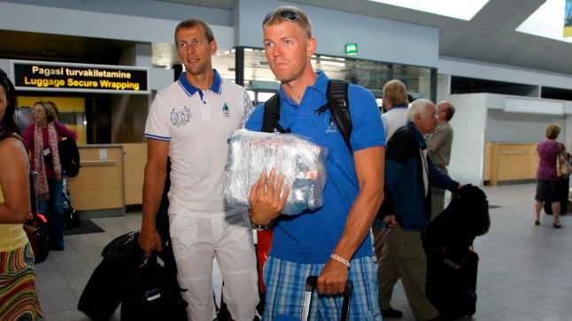 Sellele pildile on Tõnu  Endrekson (vasakul) ja Kaspar Taimsoo jäänud kahekesi. Kas eksperiment – nemad koos kahepaadis – kannab vilja?
