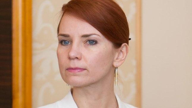 Välisminister Keit Pentus-Rosimannus astub tagasi