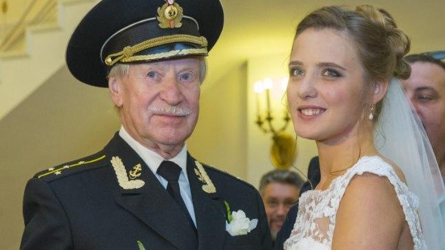 Vene filmitaat Ivan Krasko võttis verinoore naise.