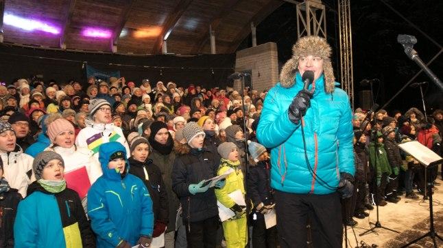 KÕIK LAULAVAD: Neljas talveöölaulupidu talvepealinnas Otepääl tõi kohale 900 koorilauljat – seda on kõvasti rohkem kui varasematel aastatel.