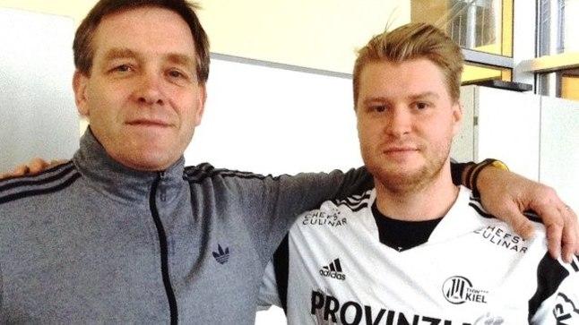 THW Kieli peatreener Alfred Gislason ja meeskonna vastne paremsisemine Dener Jaanimaa.