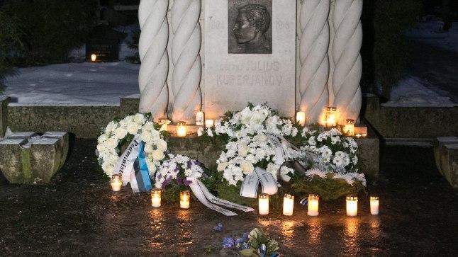 Julius Kuperjanovi haud Tartus Raadi kalmistul
