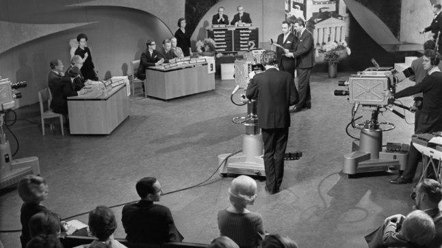 VAIKUST, SAADE!: «Naapurivisa» esimese hooaja ülekanne 1966. aastal.