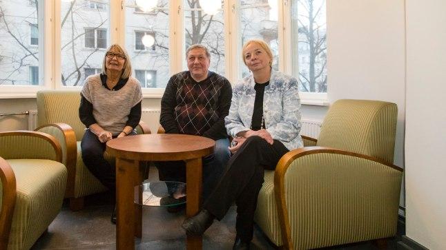 Raadiohääled Mall Mälberg, Tõnis Tirel ja Kaja Kärner vana raadiomajas, kus pärast suurremonti avatakse jaanuaris ERR-i uudistemaja.