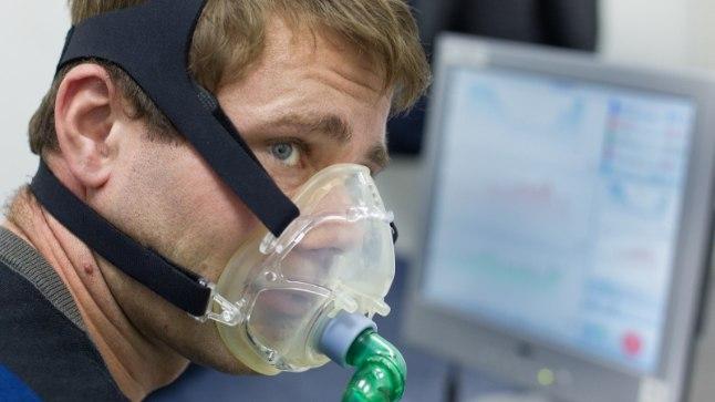 """TRENN: Mart Meeru harjub """"alpimajas"""" Dakari rallil ees ootava hapnikunäljaga. """"See tõesti töötab - kui võistluse käigus see hetk kätte jõuab, tead hoopis paremini, kuidas käituda, ja tead, et tuleb kiiremini hingata."""""""