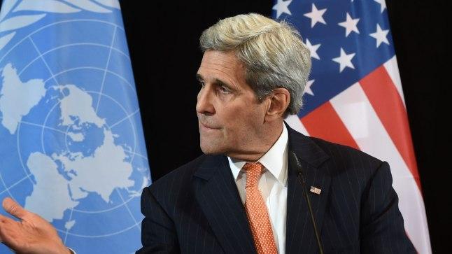 John Kerry (paremal) ja Sergei  Lavrov.