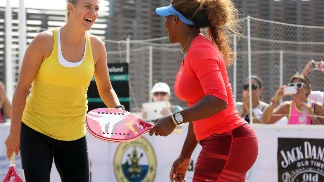 Serena Williams (paremal).