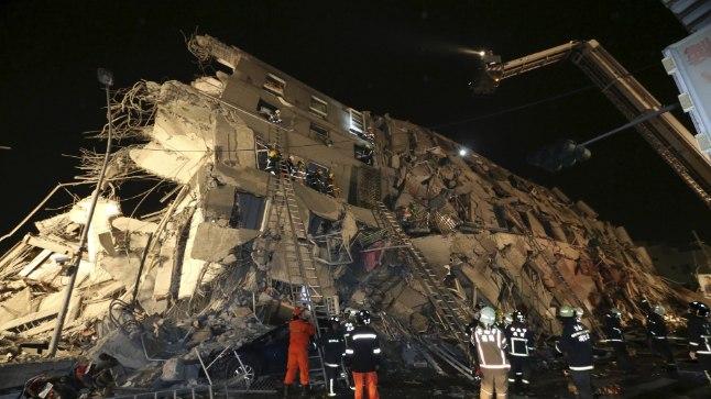 Päästetööd ja hukkunute otsimine kestsid Tainani linnas nädal aega.