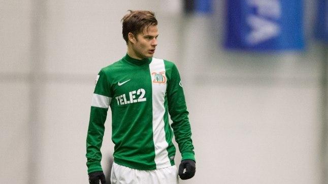 FC Flora ründav poolkaitsja Rauno Sappinen.
