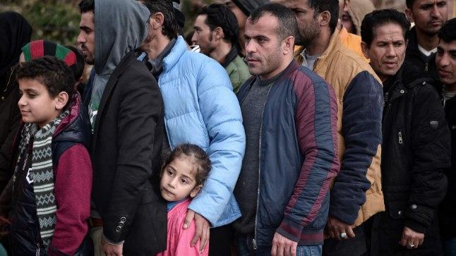 Põgenike ränne Euroopasse kestab endise hooga.