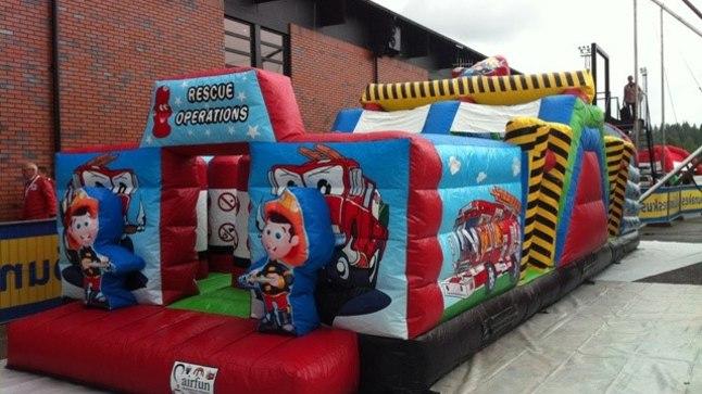 SURMABATUUT: Lastele sai saatuslikuks just see batuut. Foto on pärit batuudi laenutanud ettevõtte Airfun kodulehelt.