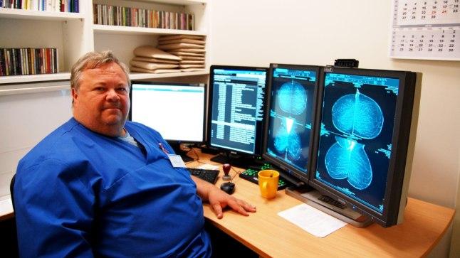 Tartu Ülikooli Kliinikumi radioloog Sulev Ulp tegeleb rinnavähi avastamisega igapäevaselt ning sestap on ta veendunud, et kuigi vähi ennetamisel on palju ära teha inimesel endal, saab vähi varase avastamise protsessis palju ära teha just riik.