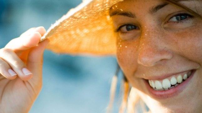 KAITSEV KAABU: Päikeselisel päeval, rääkimata rannast, pane pähe laia äärega kübar, mis ei lase näol päevituda ehk ei sunni nahka end ultraviolettkiirguse eest kaitsma.