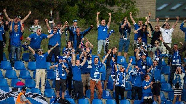 EUFOORIA! Fännide reaktsioon Roosnupu väravale ilmestab, millle pärast jalgpalli vaadatakse ning armastatakse.