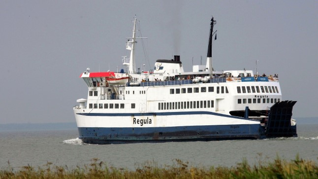 Regula sõidab Saaremaale
